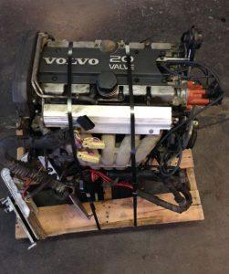 Used engine on pallet