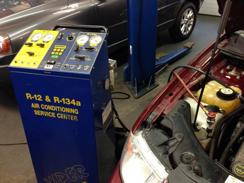 Auto Air Conditioning Charging
